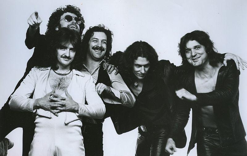 Blue Öyster Cult, em 1977