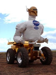 Antes do R2, os primeiros testes foram feitos em robôs sobre rodas (Crédito: NASA)