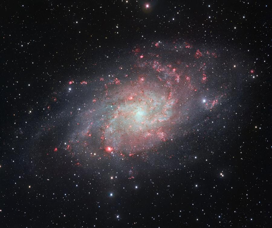 Galáxia M 33 ou NGC 598, em sua melhor foto até o momento.